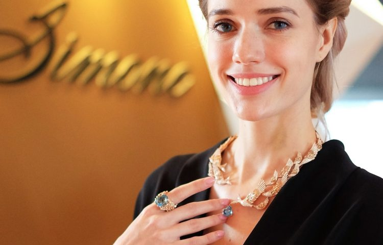 Simone-jewels-birds-in-poetry-collection-model-wearing-paradiso-necklace