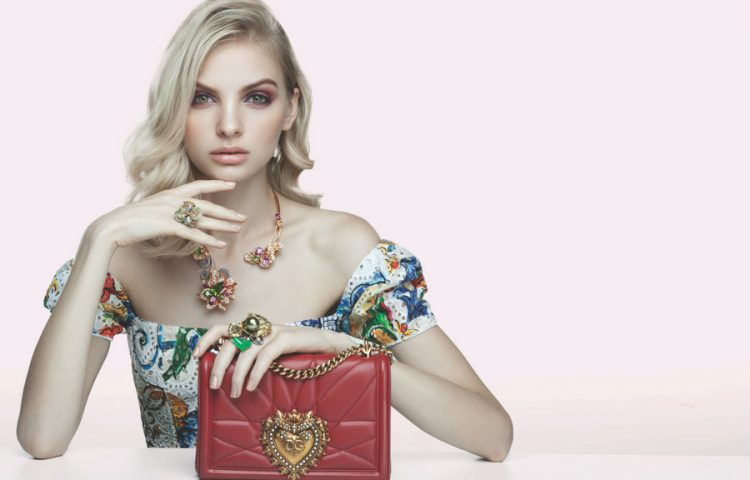 coloured-gemstones-luxury-fine-jewellery-solitaire-magazine-gallery